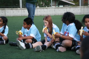Kids enjoying a healthy snack